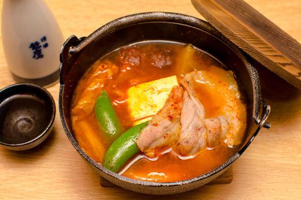 豚肉のキムチ豆腐鍋
