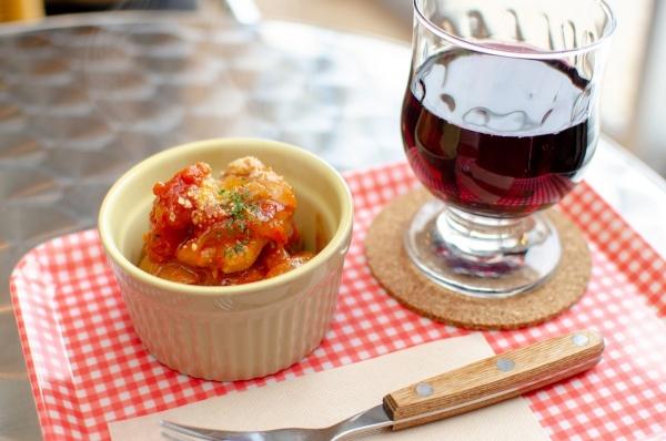 赤ワインとチキントマト煮